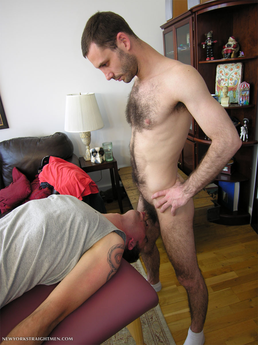 New-York-Straight-Men-Straight-Tony-Face-Fucks-Cocksucker-Hairy-Cock-11 Straight Hairy Amateur Throat Fucks a Hot CockSucker and Cums in His Mouth