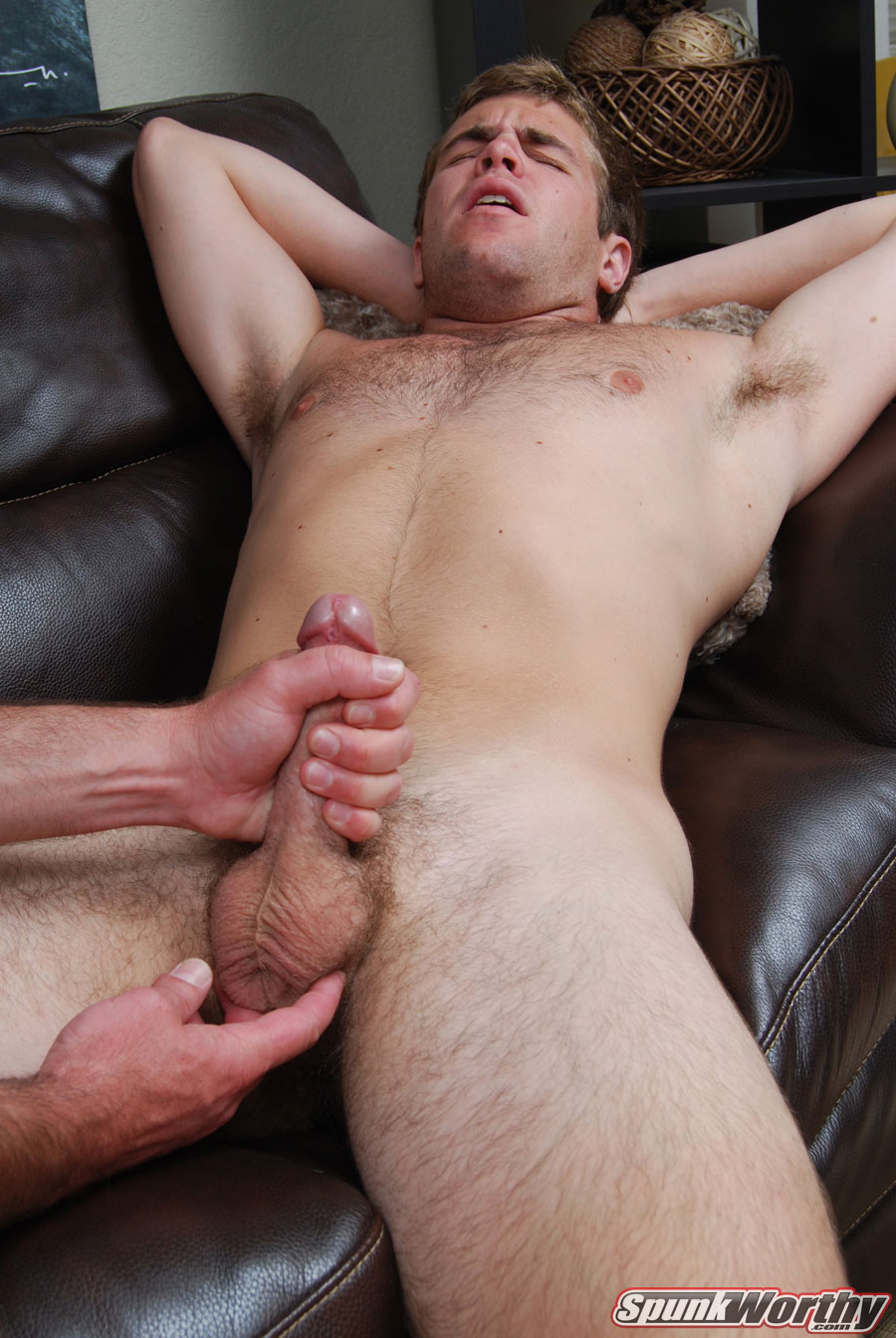 Straight Guy Gets His Dick Sucked