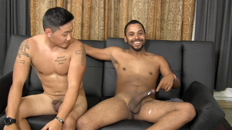Straight Fraternity Aaron and Junior Straight Asian Sucks Big Cock Amateur Gay Porn 21 Hung Straight Asian Stud Gives His First Blowjob To Another Guy