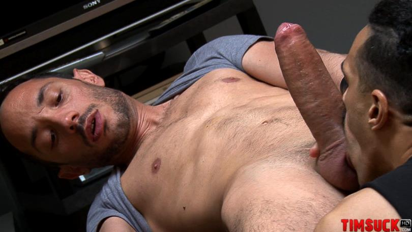 Huge cock sucking gay