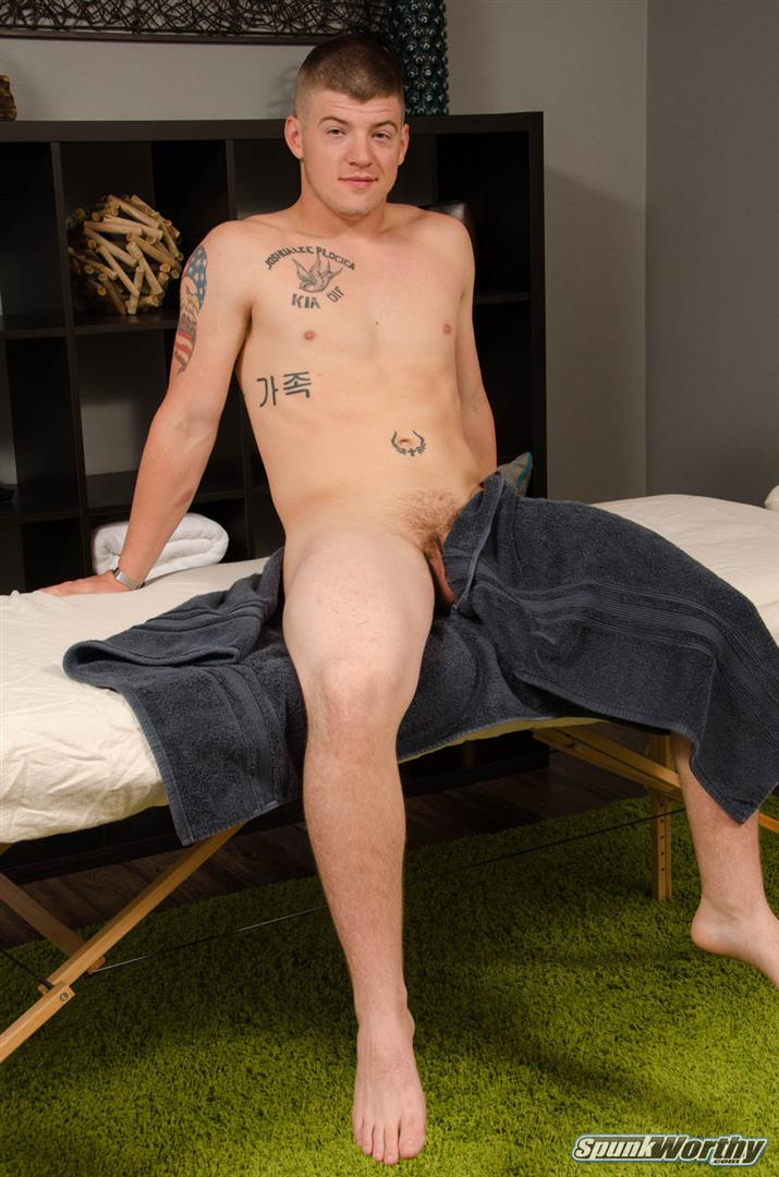 SpunkWorthy-Landon-Army-Guy-Gets-Blowjob-From-Another-Guy-Amateur-Gay-Porn-02.jpg