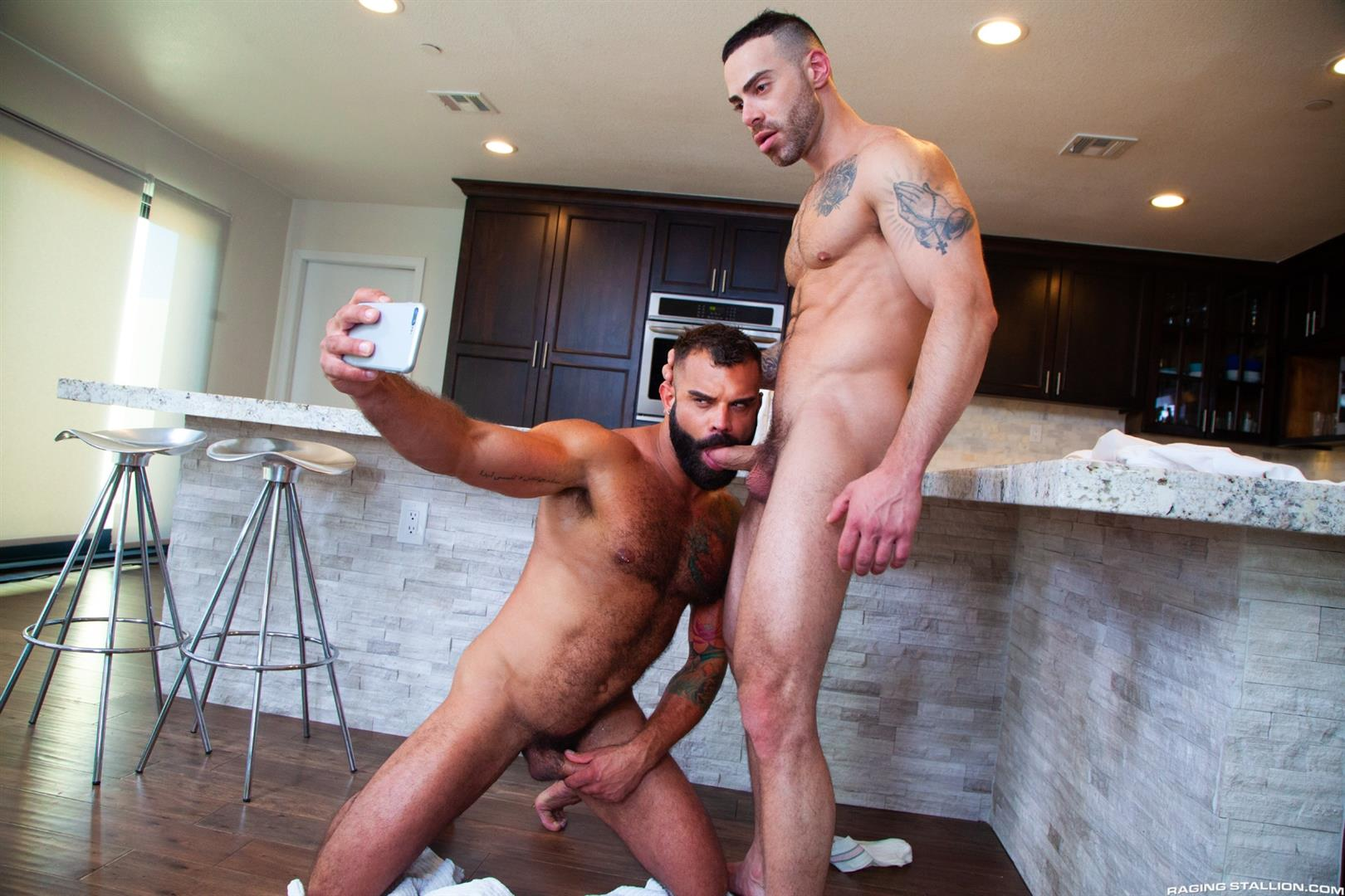 Raging-Stallion-Drake-Masters-and-Carlos-Lindo-Hairy-Muscle-Guy-With-Big-Dick-Blowjob-10 Hairy Muscle Hunk Drake Masters Gets Rimmed And Sucked Off By The Delivery Driver